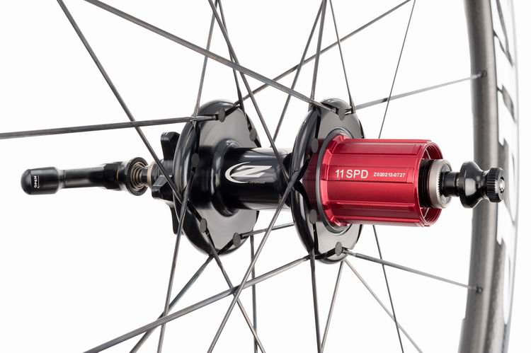 Zipp_Road_303_Disc_Hub_Rear_DSide