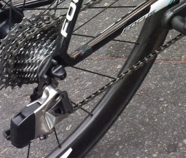 sram-red-wireless-electronic-road-shifting-group-closeup-2015-4-600×510